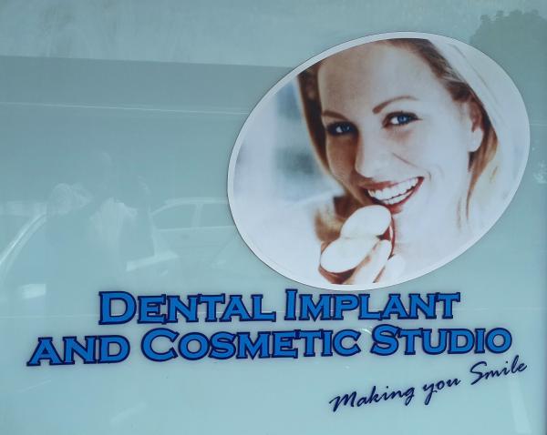 Dr H Mahabeer - Dentist/Dental Surgeon - Scottburgh