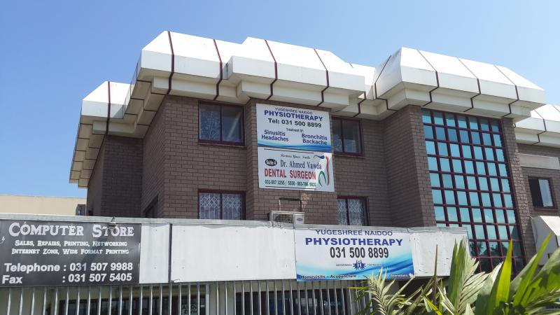 Dr Ahmed Vawda - Dentist/Dental Surgeon - Phoenix - Durban