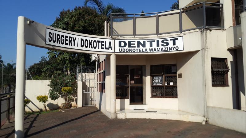 Dr. V. Naidoo\\'s Dental Care Clinic - Dentist/Dental Surgeon - Redhill - Durban