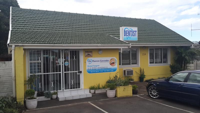 Malvern Dental Care - Anand Reddy - Dental Therapist - Queensburgh - Durban
