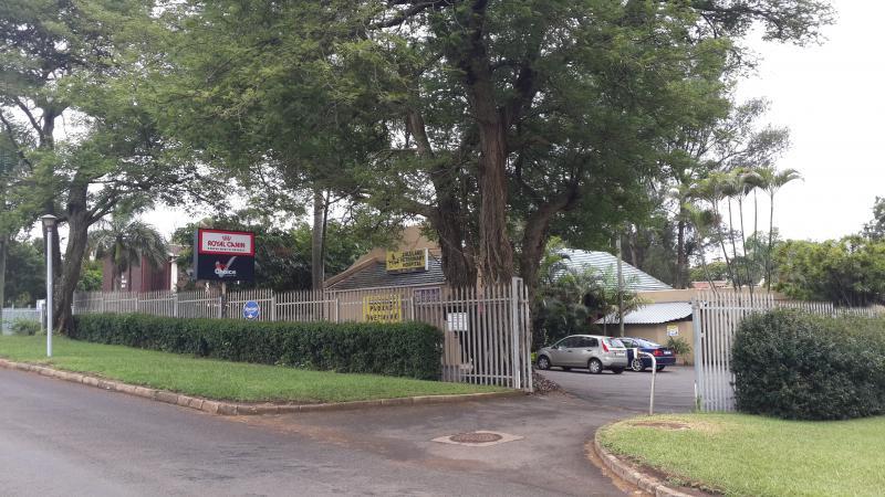 Zululand Veterinary Hospital - Dr Leoti Morkel - Empangeni