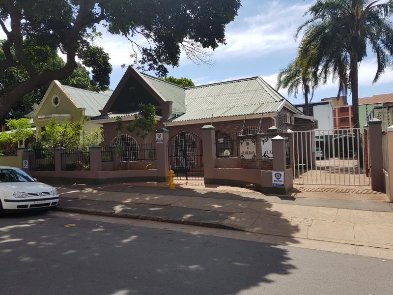 Dr Pierrie van der Merwe - Dentist/Dental Surgeon - Glenwood - Berea - Durban