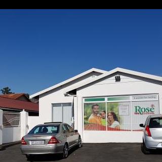 Dr Govender and Associates. Dentist/Dental Surgeon - Pietermaritzburg